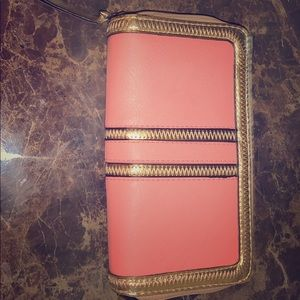 peach colored wallet